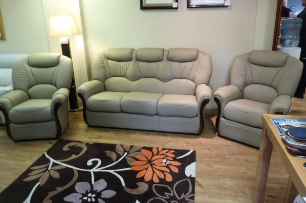 Garda 3 seater and 2 chairs express package £1,899