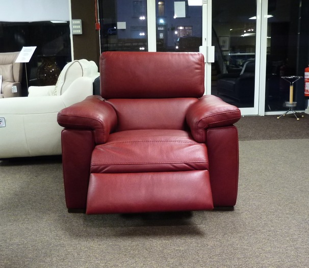 817 electric recliner chair £799 (SUPERSTORE)