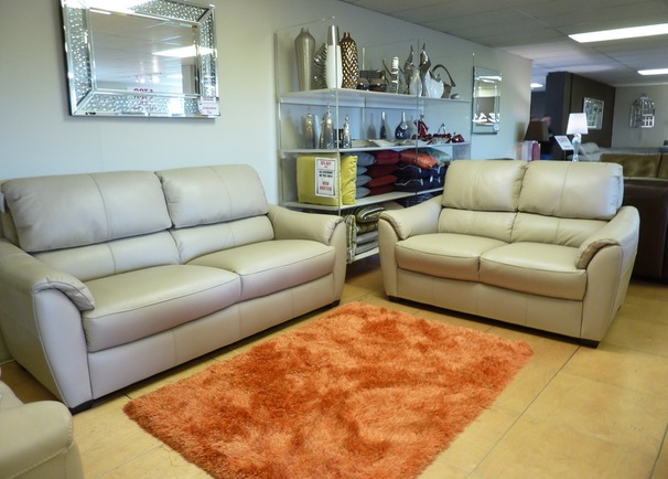 Avon 3 seater and 2 seater Pebble £1999