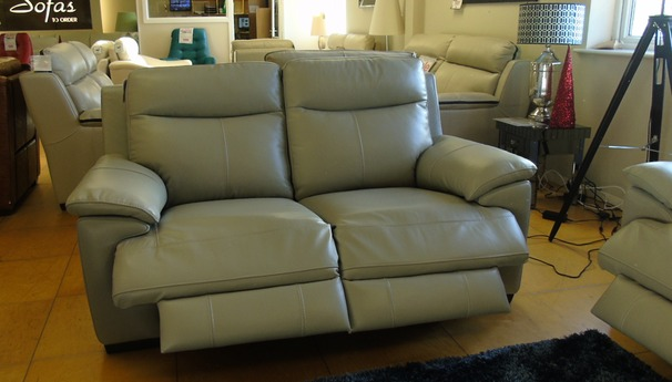 Paris electric recliner 3 seater and 2 seater in feather grey (image to folllow) £2799