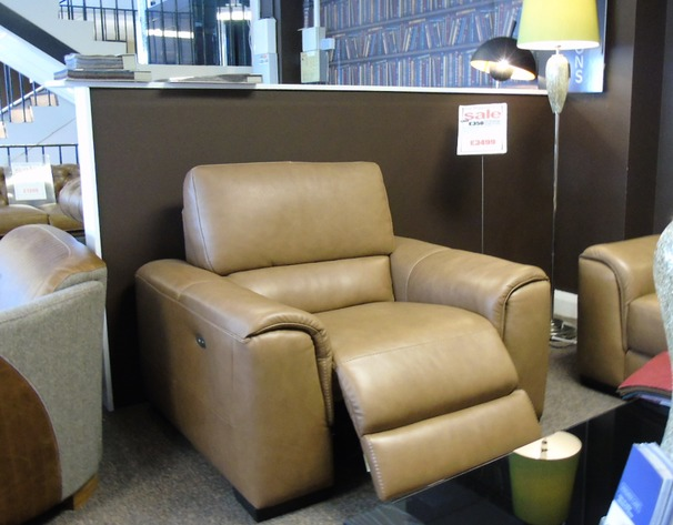Imola electric recliner chair caramel £999 (SUPERSTORE)