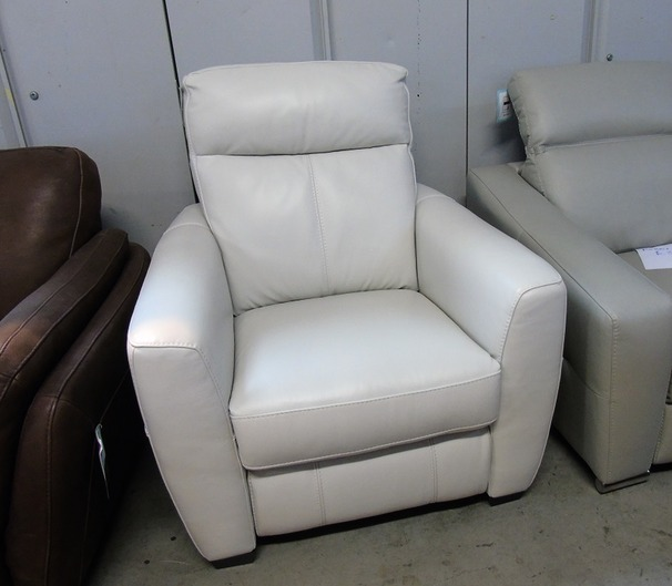 Rochelle electric recliner chair frost £499 (CLEARANCE OUTLET)