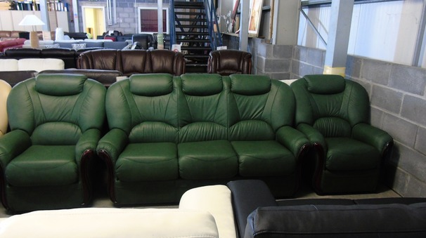 Garda 3 seater and 2 chairs green  £1499 (CLEARANCE WAREHOUSE)