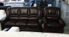 Showood 3 seater and 1 chair. chestnut £699 (CLEARANCE OUTLET) - Click for more details