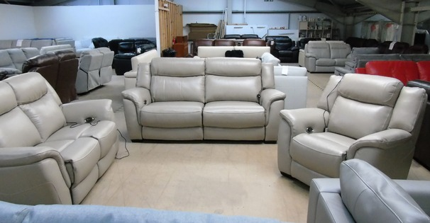 Boas electric recliner 3 seater, 2 seater and chair -beige £3499