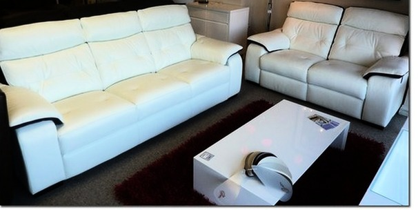 Lyon  Recliner 3 seater and 2 seater -white/ purple  stripe £1499 (NEWPORT)