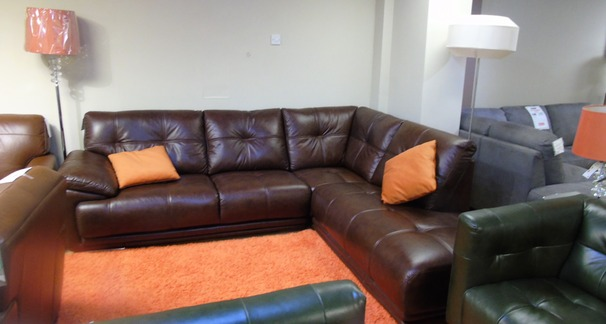 Gerona corner in mid brown £999 (SUPERSTORE)