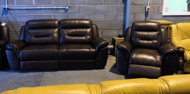 Anita electric recliner 3 seater and 1 chair  rust £799 (SUPERSTORE)