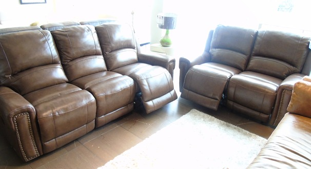 Marlowe electric recliner 3 seater and 2 seater rustic brown £2299 (SWANSEA SUPERSTORE)