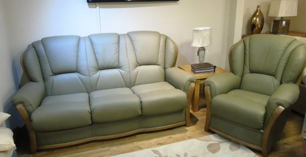 Gradi 3 seater and 2 chairs willow £2399 (SWANSEA)