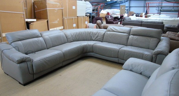 Lipari 5 seater double electric recliner corner suite grey £2849 (SUPERSTORE)