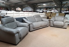 LIPARI electric recliner 2 seater and 2 electric recliner chairs £1999 (SUPERSTORE) - Click for more details
