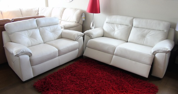 Siena 3 seater electric recliner and 2 seater cream £2199 (CARDIFF SUPERSTORE)