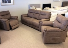 Biscay 3electric recliner 3 seater and 2 electric recliner chairs tobacco £1899 (CARDIFF SUPERSTORE) - Click for more details
