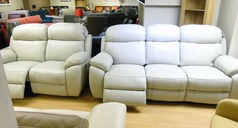Barcelona electric recliner 3 seater and 2 seater cream hide  £2299 (CARDIFF SUPERSTORE) - Click for more details