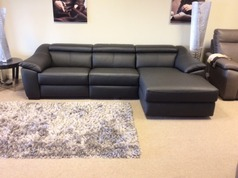 Catania double electric recliner chaise sofa black £2999 (CARDIFF  SUPERSTORE) - Click for more details