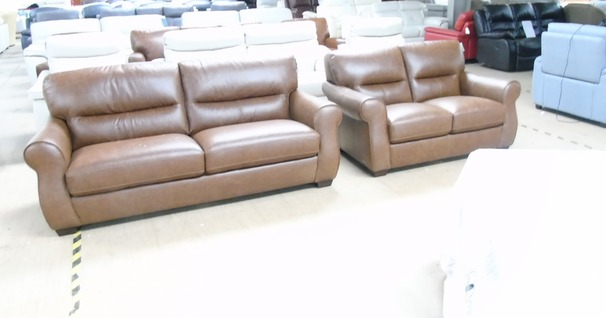 Mira 3 seater and 2 seater vintage tan £1599 (CARDIFF SUPERSTORE)