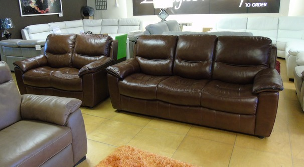 Lille 3 seater and 2 seater chestnut brown £1899 (NEWPORT)