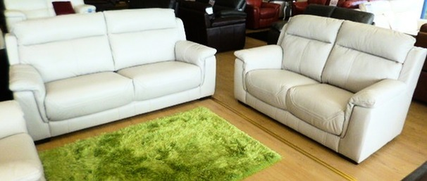 Chippenham 3 seater and 2 seater stone hide £1899 (NEWPORT)