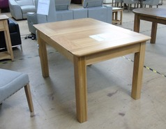 Medium oak fully extending table £249.00 (SWANSEA SUPERSTORE) - Click for more details