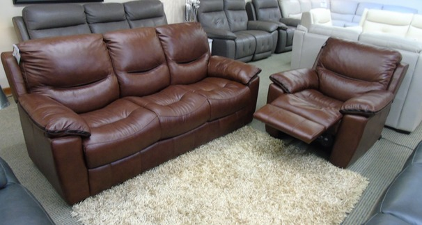 Lille 3 seater and 1 electric recliner chair chestnut brown £1699 (SWANSEA LEATHER STORE)