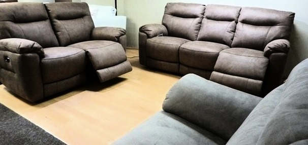 Biscay electric recliner 3 seater and 2 seater tabac  £999 ( CARDIFF SUPERSTORE)