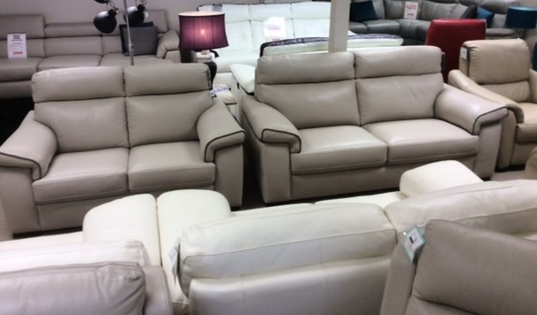 Sacramento 3 seater and 2 seater  stone cream £1999 (CARDIFF SUPERSTORE)