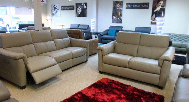 Ostia large electric recliner 3 seater and 2 seater grey £2999 (CARDIFF SUPERSTORE)