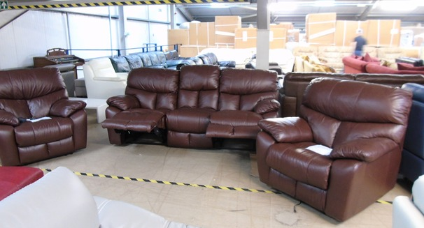 Pembroke recliner 3 seater and 2 electric recliner chairs cognac £999 (SWANSEA SUPERSTORE)
