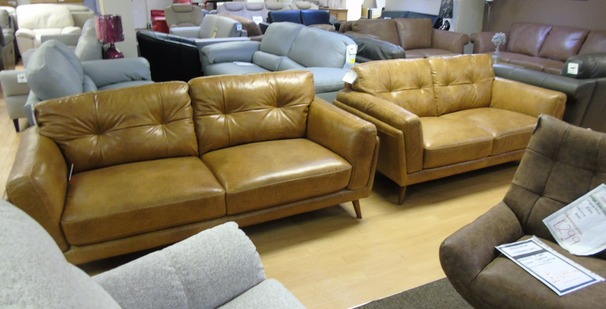 CADIZ 3 seater and 2 seater vintage light tan £1599 (SWANSEA SUPERSTORE)