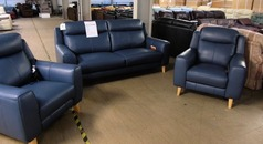 Newbury 2.5 seater, chair and electric recliner chair blue £1499 (SWANSEA SUPERSTORE) - Click for more details