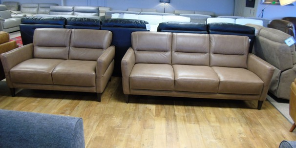 San Remo 3 seater and 2 seater sand leather £1249 (CARDIFF SUPERSTORE)
