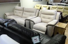 Miami electric recliner 3 seater and electric recliner chair bisque-brown £799 (SWANSEA SUPERSTORE) - Click for more details