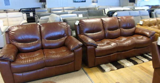 Lille 3 seater and 2 seater chestnut brown £1799 (CARDIFF SUPERSTORE)