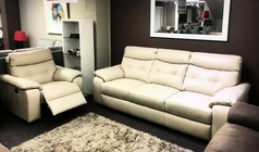 Lyon 3 seater and 1 electric recliner chair beige £1499 (SWANSEA SUPERSTORE) - Click for more details