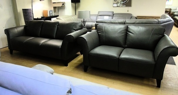 Palermo 3 seater and 2 seater grey £1399 (SWANSEA SUPERSTORE)