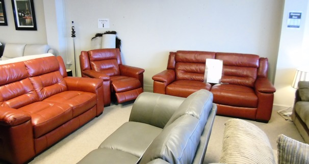 Somerset 3 seater, 2 seater and electric recliner chair £1899 (CARDIFF  SUPERSTORE)