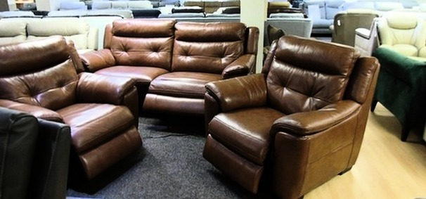 Miami electric recliner 3 seater and 2 electric recliner chairs dark tan £1999 (SWANSEA SUPERSTORE)