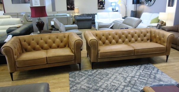 Hampton 3 seater and 2 seater vintage tan £2799 (SWANSEA SUPERSTORE)