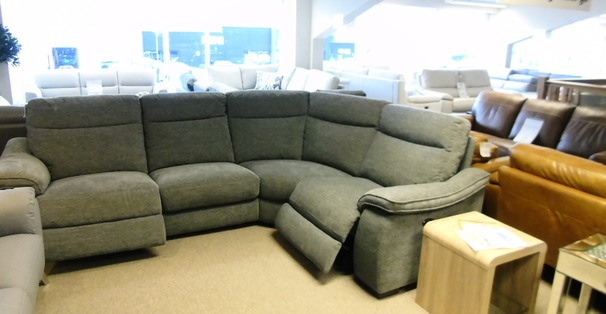 Marseille double electric recliner corner suite  grey £1599 (CARDIFF SUPERSTORE)