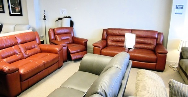 Somerset 3 seater, 2 seater and electric recliner chair red £1899 (CARDIFF SUPERSTORE)