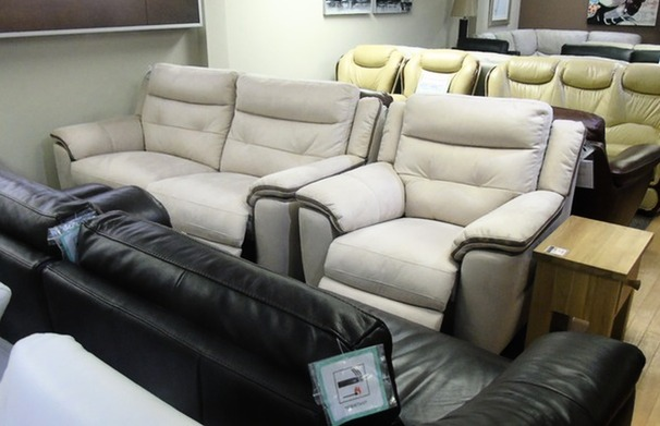 Miami electric recliner 3 seater and 1 electric recliner chair £999 (SWANSEA SUPERSTORE)