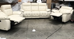 Toledo electric recliner 3 seater, 2 seater  and recliner chair cream £2999 (SWANSEA SUPERSTORE) - Click for more details