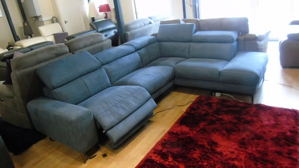Metz Recliner corner suite blue £1399 (SWANSEA SUPERSTORE)