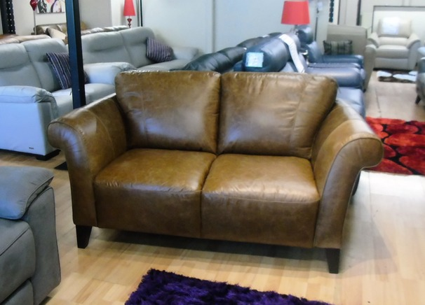 Palermo large 3 seater and 2 seater £1999 vintage tan  (SWANSEA SUPERSTORE)