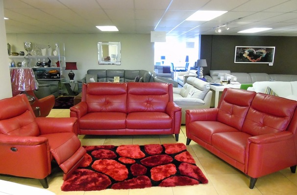Winchester midi sofa, 2 seater and electric recliner chair  red £2599 (SWANSEA SUPERSTORE)