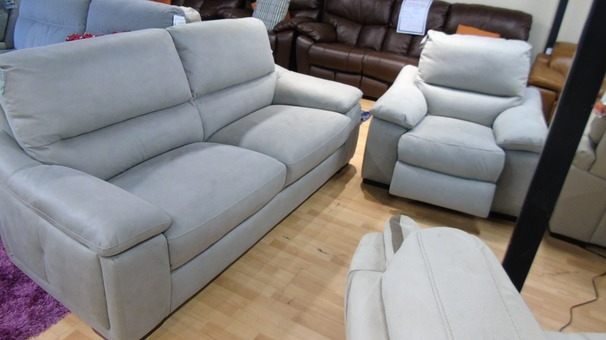 Provence 3 seater and 1 electric recliner chair dove grey £999 (SWANSEA SUPERSTORE)