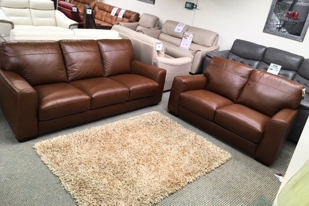 PORTO 3  seater and 2 seater vintage tan £1799 (SWANSEA SUPERSTORE)